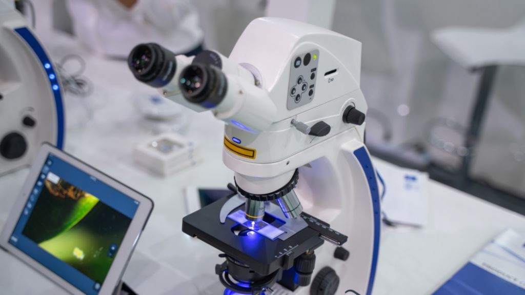 Microscope for biopsy - Vallejo Oral Surgery